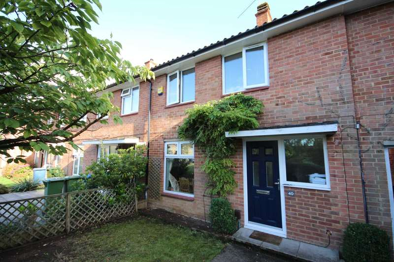 2 Bedrooms Terraced House for sale in Manston Drive, Bracknell