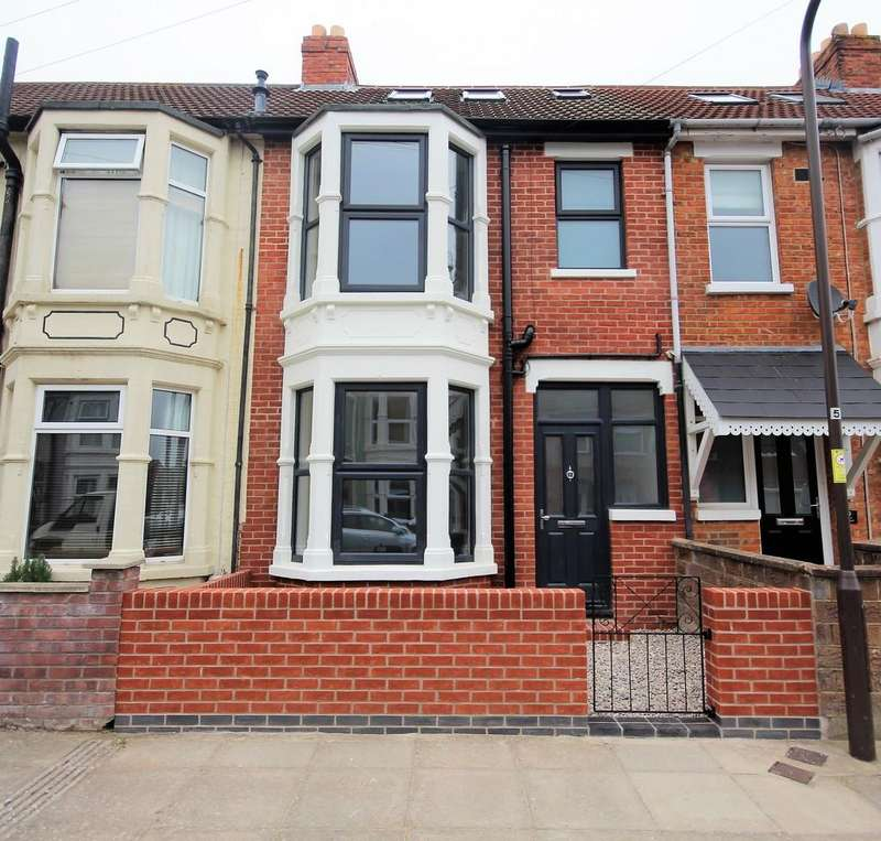 4 Bedrooms Terraced House for sale in Berney Road, Southsea
