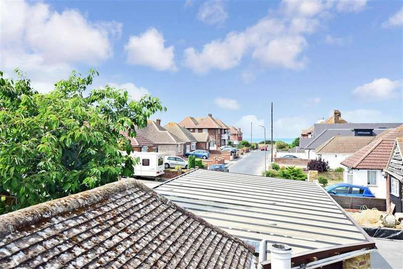 5 Bedrooms Detached House for sale in Carlton Road West, Westgate-On-Sea, Kent