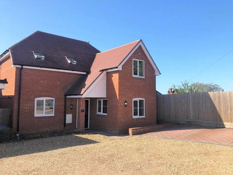 4 Bedrooms Detached House for sale in Seaview Avenue, Portchester