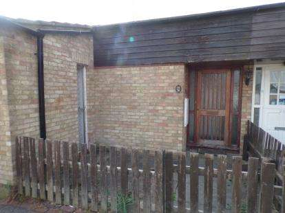 3 Bedrooms Bungalow for sale in Pitsea, Essex