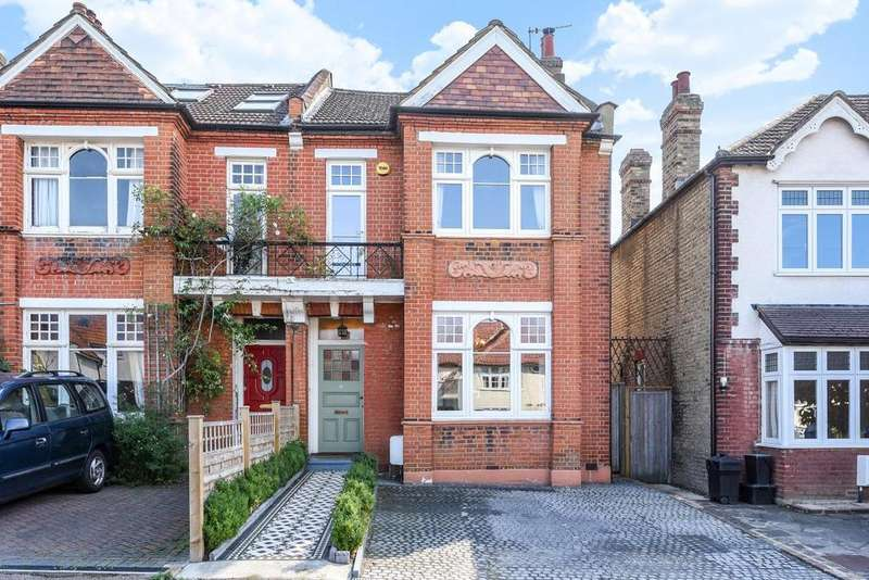 4 Bedrooms Semi Detached House for sale in Avondale Road, Mottingham