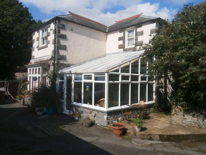 4 Bedrooms Detached House for sale in Foty'r Mynach, Barmouth LL42