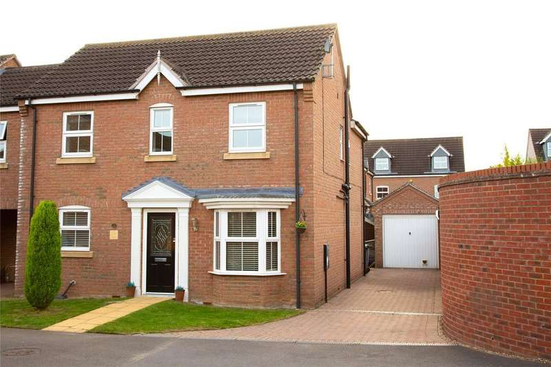 4 Bedrooms Link Detached House for sale in Barn Owl Way, Washingborough, LN4