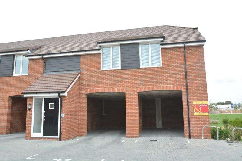 1 Bedroom Coach House Flat for sale in Hadleigh Close, Andover