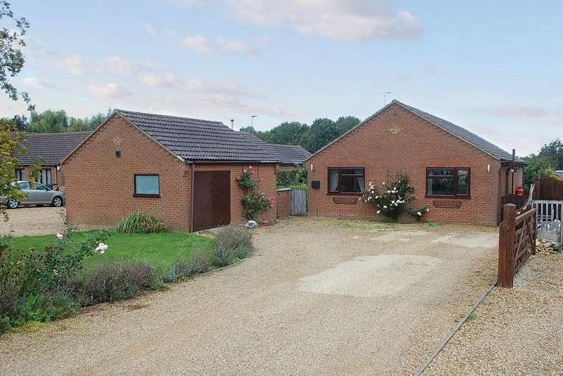 2 Bedrooms Detached Bungalow for sale in Sutton St Edmund LINCOLNSHIRE