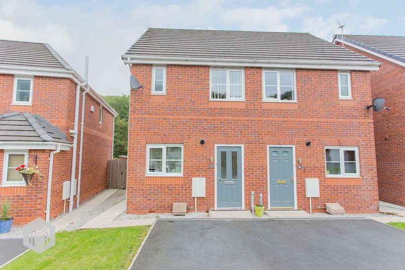 2 Bedrooms Semi Detached House for sale in Valley View, Bury, BL8