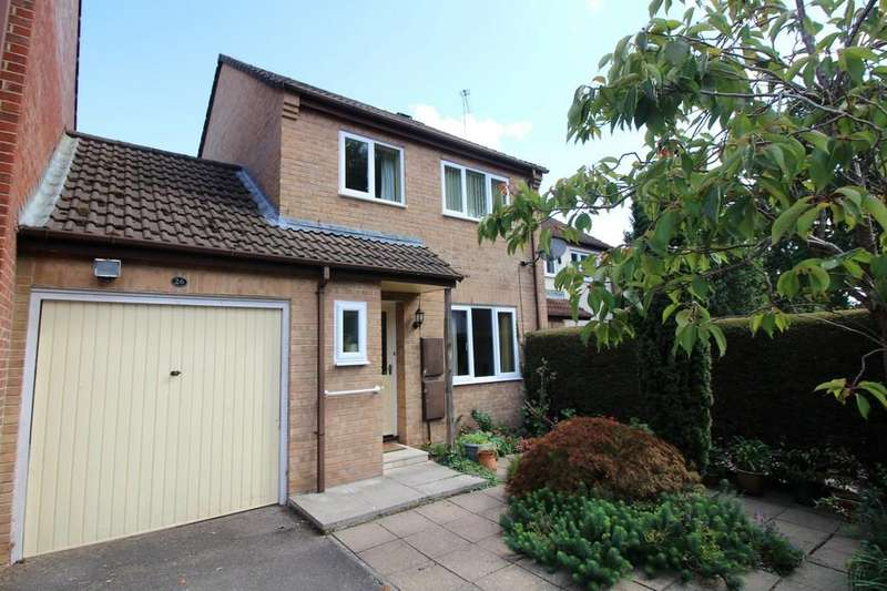 3 Bedrooms Link Detached House for sale in Primrose Gardens, Creekmoor