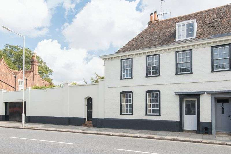 Property for sale in Canterbury