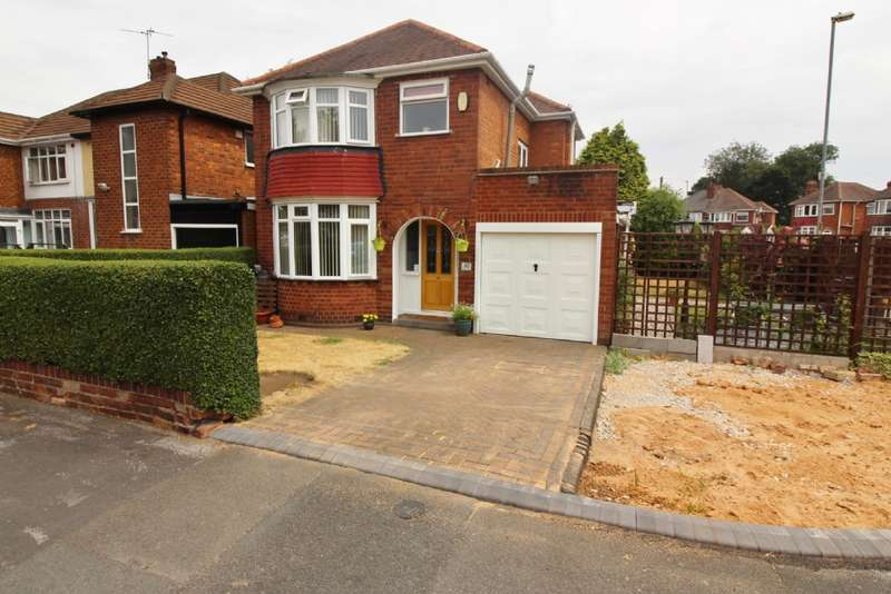 3 Bedrooms Detached House for sale in Dovedale Ave, Willenhall