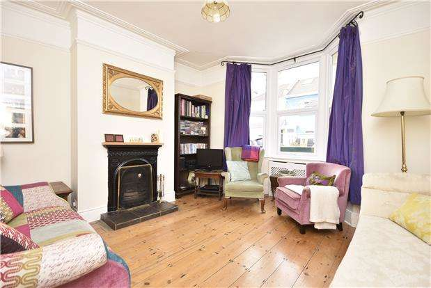 3 Bedrooms Terraced House for sale in Quantock Road, Windmill Hill, Bristol, BS3 4PG
