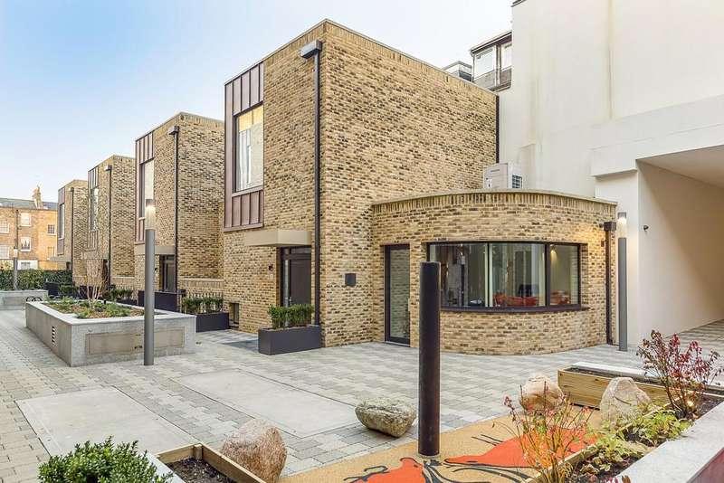 2 Bedrooms Duplex Flat for sale in Hand Axe Yard, 2-277a Gray's Inn Road, Kings Cross, London, WC1X