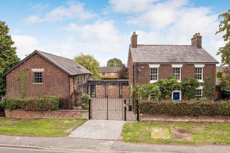 6 Bedrooms Detached House for sale in Higher Lane, Lymm
