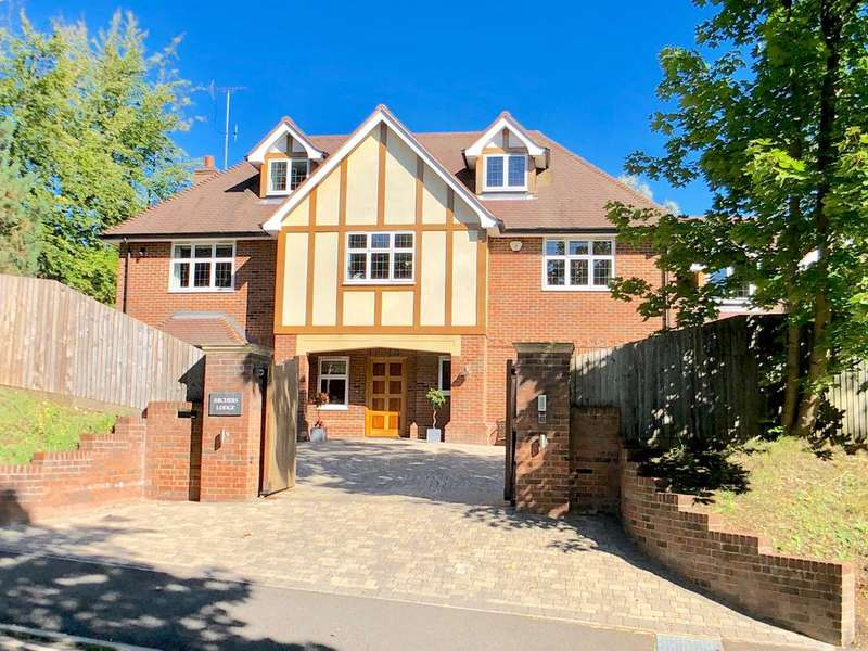 6 Bedrooms Detached House for sale in Knotty Green