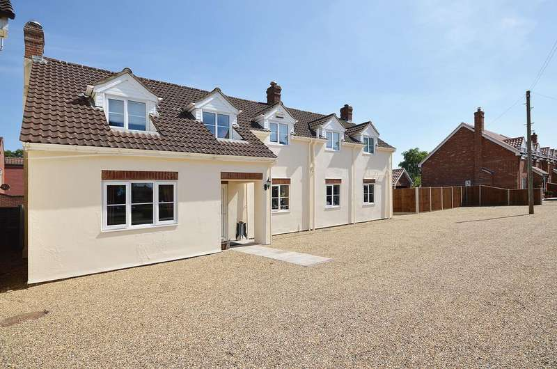 8 Bedrooms Detached House for sale in Great Melton Road, Hethersett