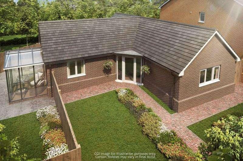 3 Bedrooms Detached Bungalow for sale in The Green, Quinton, Birmingham