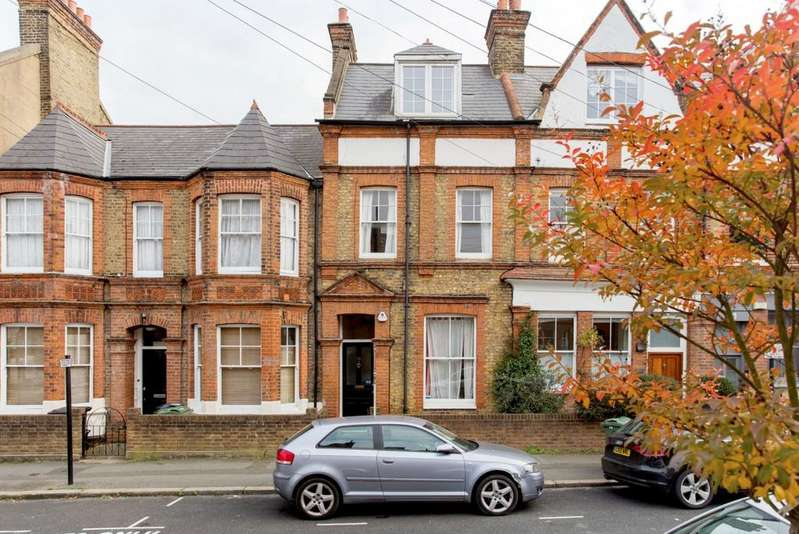 2 Bedrooms Terraced House for sale in Endymion Road, London, London SW2