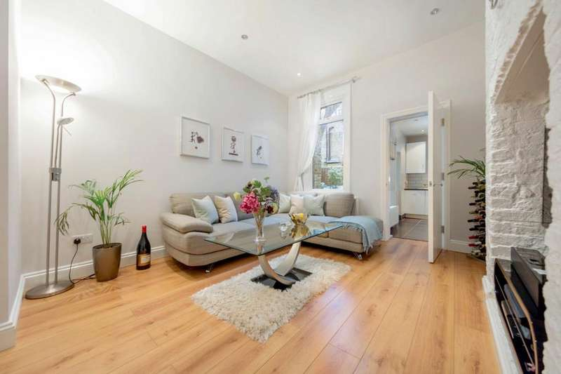2 Bedrooms Flat for sale in Brailsford Road, London, London SW2