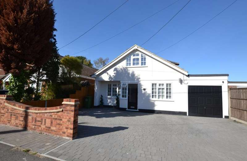 3 Bedrooms Chalet House for sale in Tylers Avenue, Billericay, Essex, CM12