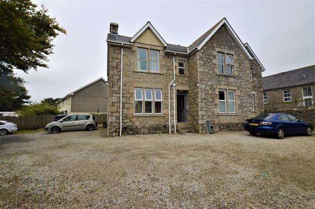1 Bedroom Flat for sale in New Road, Troon, Camborne, Cornwall