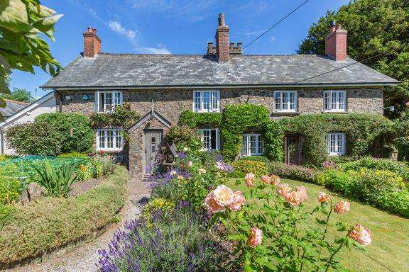3 Bedrooms Cottage House for sale in Very pretty cottage!