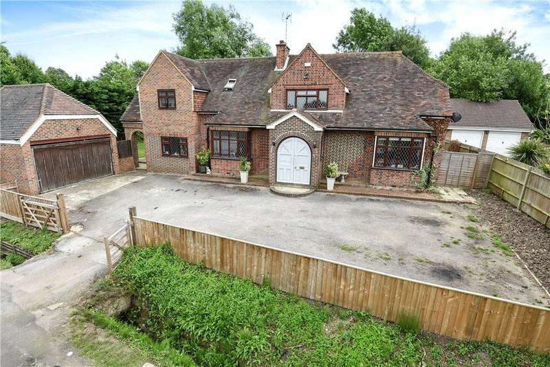 3 Bedrooms Detached House for sale in Priory Lane, Warfield, Bracknell, Berkshire, RG42