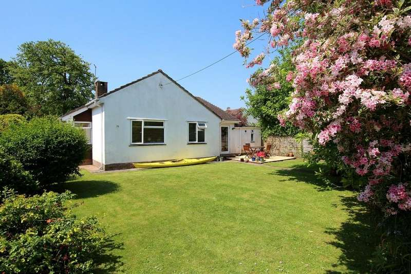 4 Bedrooms Detached Bungalow for sale in Detached and extended bungalow