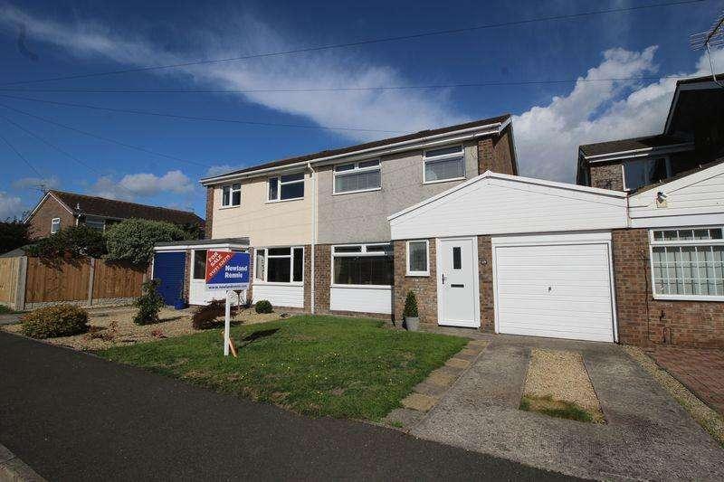 3 Bedrooms Semi Detached House for sale in Blackbird Road, Caldicot