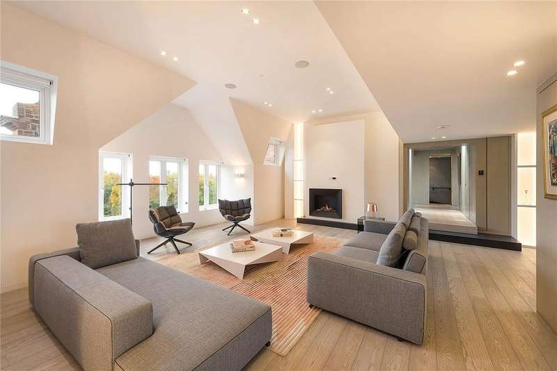 3 Bedrooms Flat for sale in Cheyne Place, London, SW3