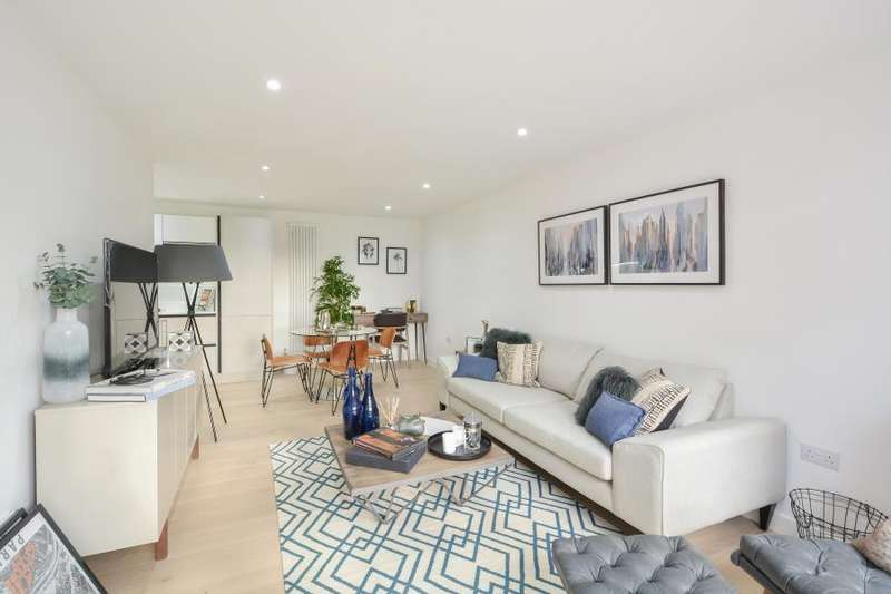2 Bedrooms Apartment Flat for sale in House 2, Copper Works, E17