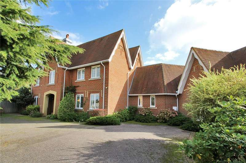 4 Bedrooms Detached House for sale in Cades Orchard, Painters Forstal, Faversham, Kent, ME13