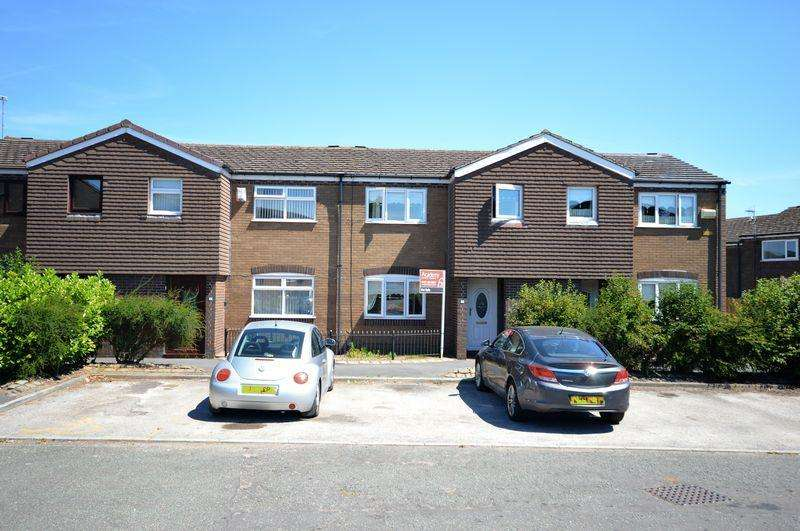 3 Bedrooms Terraced House for sale in Davies Close,