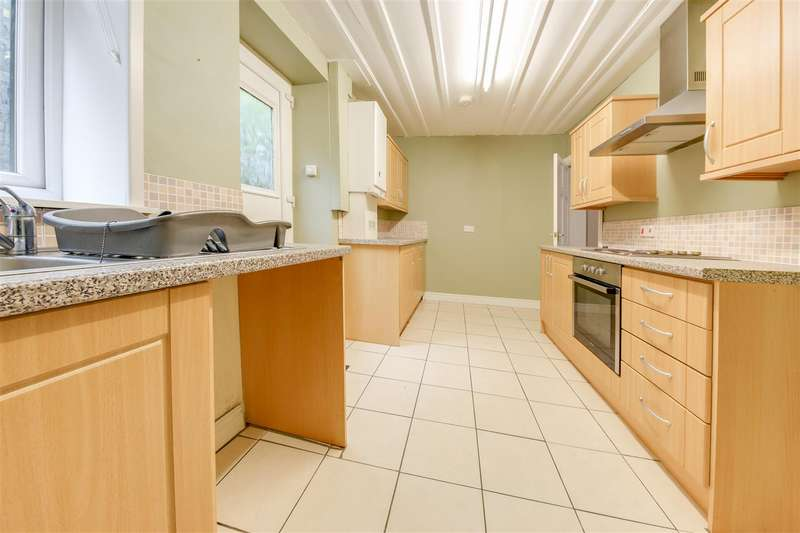 2 Bedrooms Terraced House for sale in Baron Street, Rawtenstall, Rossendale