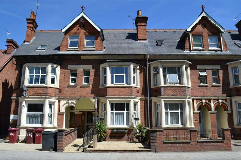 Terraced House for sale in Caversham Road, Reading, Berkshire, RG1