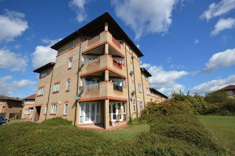 1 Bedroom Flat for sale in Templar Drive, North Thamesmead , London, SE28