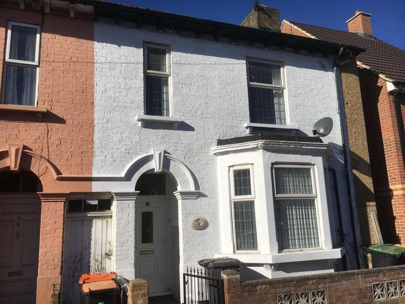 4 Bedrooms Terraced House for sale in St Leonards Street, Bedford MK42