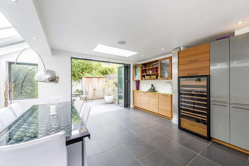 5 Bedrooms House for sale in Bovingdon Road, Fulham