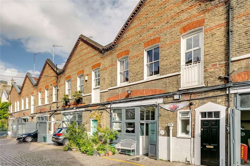 2 Bedrooms Flat for sale in Astwood Mews, South Kensington, London