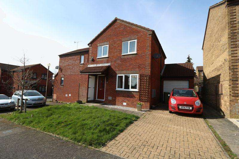 3 Bedrooms Semi Detached House for sale in Burghley Court, Milton Keynes