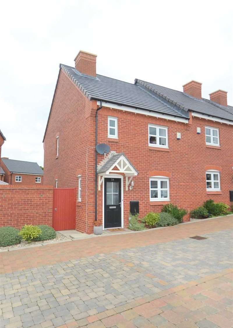 3 Bedrooms Semi Detached House for sale in Pilgrim Drive, Chorley