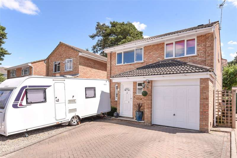 4 Bedrooms Detached House for sale in Balliol Way, Owlsmoor, Sandhurst, Berkshire, GU47
