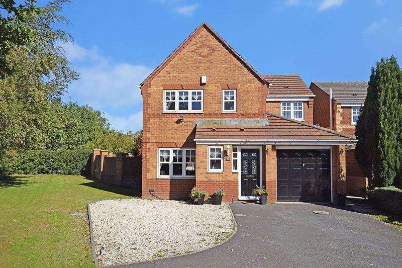 4 Bedrooms Detached House for sale in Coleridge Grove, Widnes
