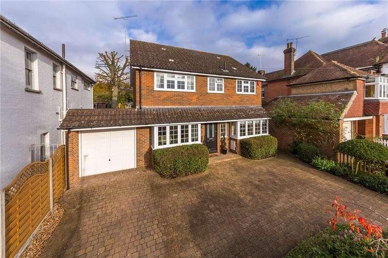 4 Bedrooms Detached House for sale in Wordsworth Road, Harpenden, Hertfordshire