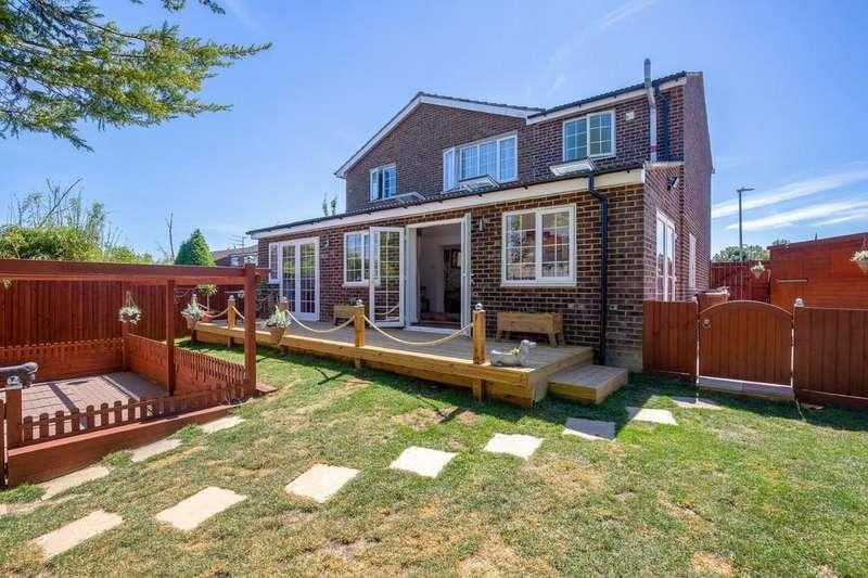 5 Bedrooms Detached House for sale in Beldam Avenue, Royston
