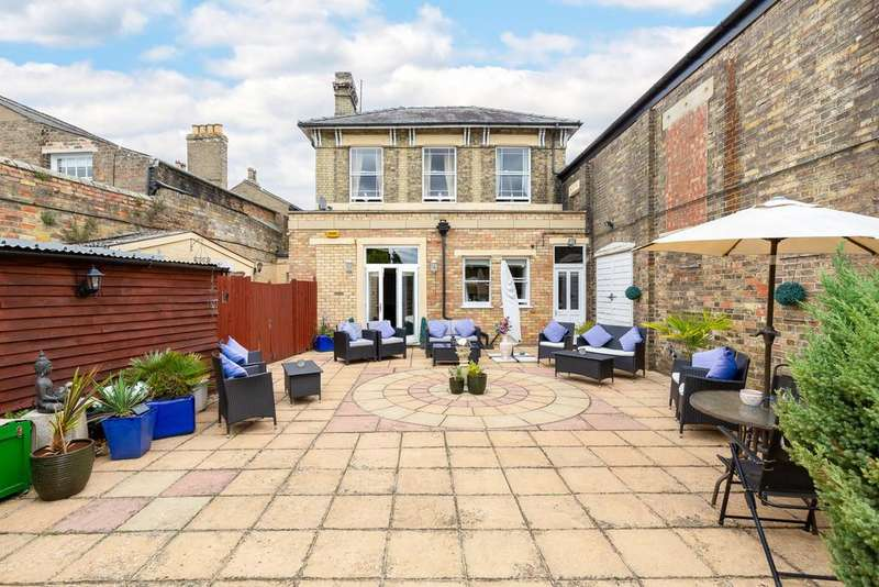 2 Bedrooms Link Detached House for sale in The Broadway, St. Ives