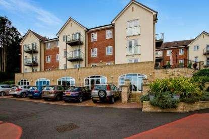 1 Bedroom Flat for sale in Slade Road, Portishead, Bristol