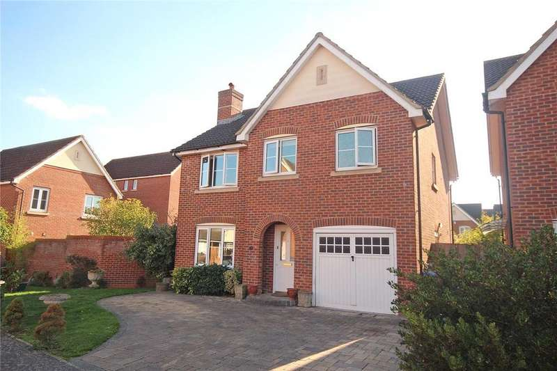 4 Bedrooms Detached House for sale in Bluebell Way, Hatfield, Hertfordshire