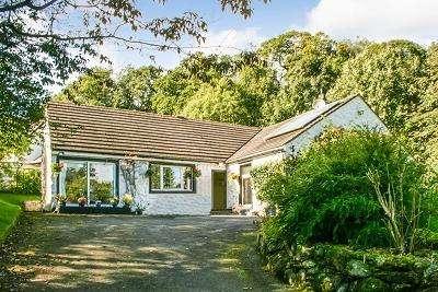 4 Bedrooms Detached Bungalow for sale in Cargenglen, The Glen, Dumfries DG2 8PX