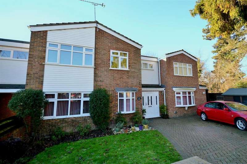 5 Bedrooms Detached House for sale in The Willows, St. Albans