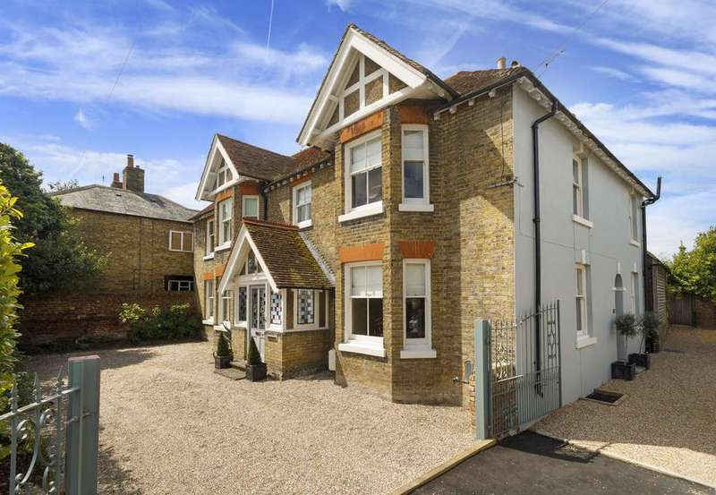 5 Bedrooms Detached House for sale in Hillside House, High Street, Eastry